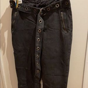 Belted Mon Jeans